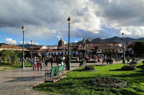 Cuzco- plaza de Armas