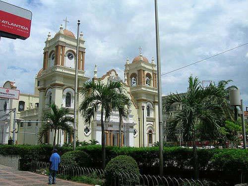 catedral de San Pedro de Sula