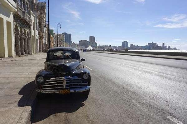 Camino al Malecón en La Habana