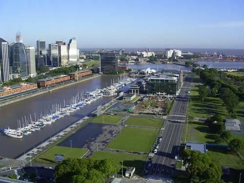 Vista de Puerto Madero en Buenos Aires