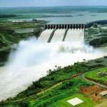 Visitando la gran presa hidroeléctrica de Itaipú